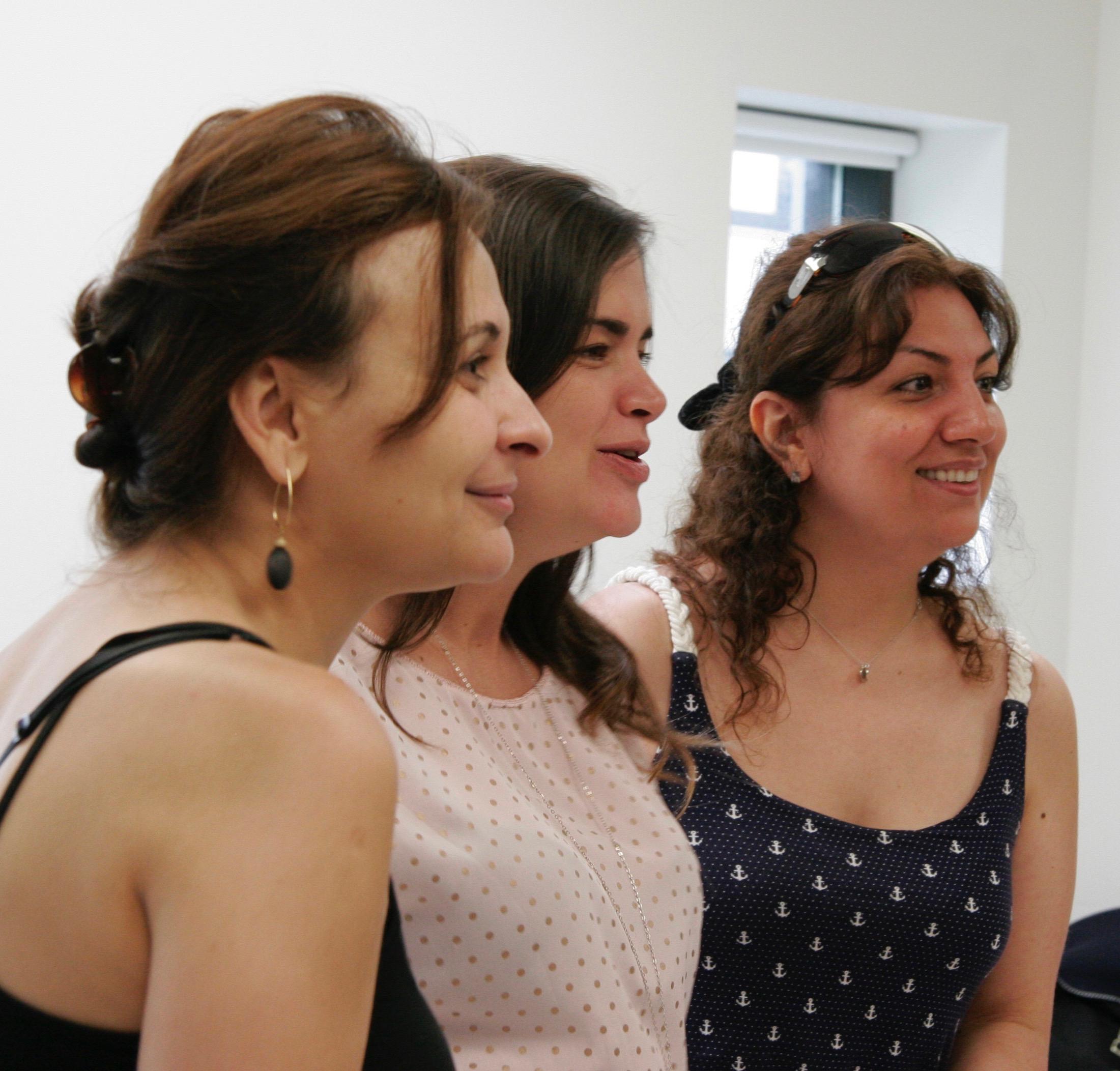 """Chantal Gosselin - Ateliers de chant en entreprises (""""team building"""", gestion du stress, etc.)"""